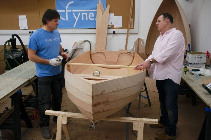 Building the Stem Dinghy rowing boat on a 5-day boatbuilding course at Fyne Boat Kits