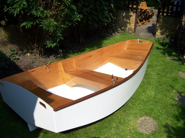 Easy to build rowing boat from Fyne Boat Kits