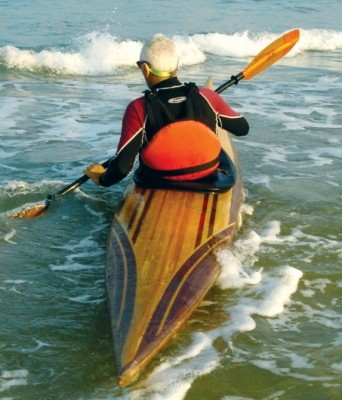 Guillemot Play surf kayak for fun playing in waves and surf