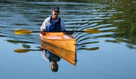 Build a canoeing kayak in a few days from a Fyne Boat Kit