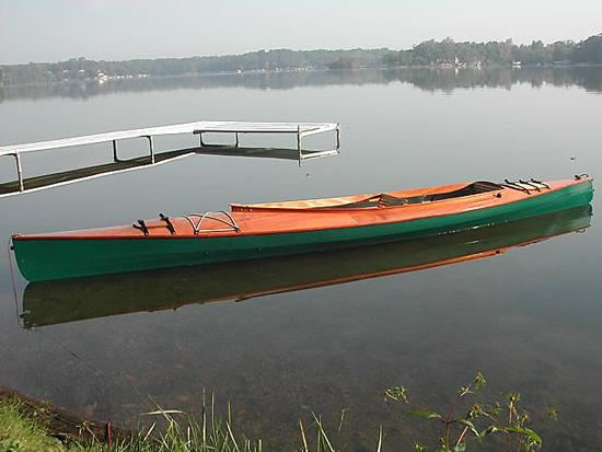 A stable boat for photography in green