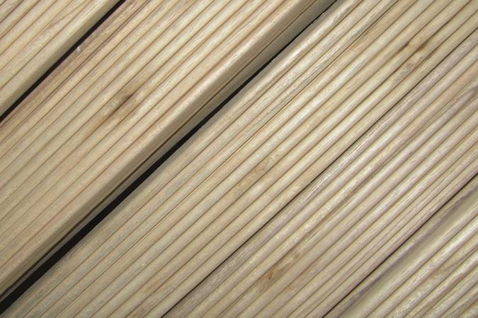 Paulownia strips milled with a bead and cove joint for strip-planked wooden boatbuilding
