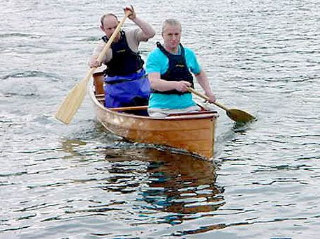 Very light canoe is easy to paddle at high speed