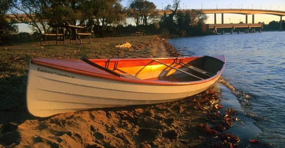 The versatile Sassafras canoe can be built in one of two sizes