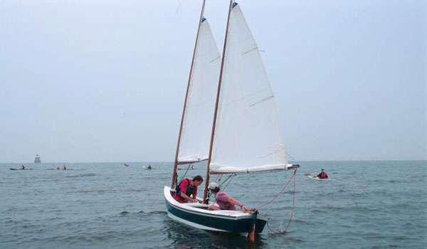 Stitch and glue constructed lightweight sailing boat