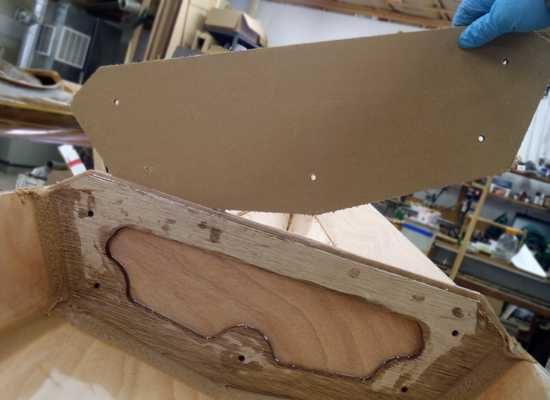 Sectional Shearwater kayak build - removing the cardboard spacers