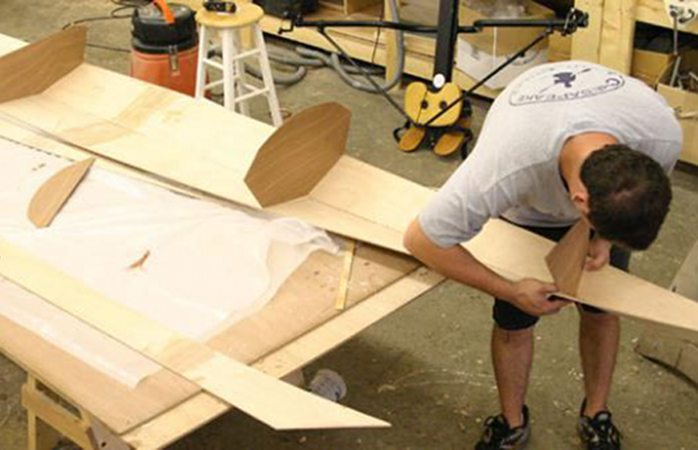 Building a wooden kayak Shearwater