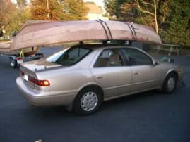 Carrying a clinker sailing boat on a roof rack