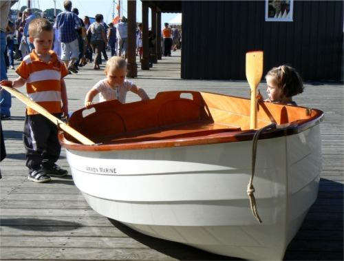 Stem Dinghy clinker style rowing tender