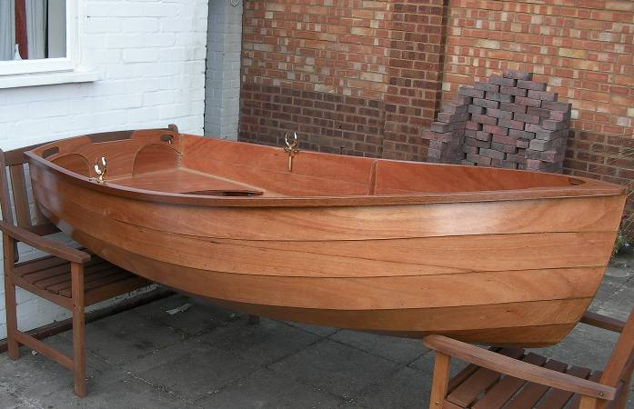 A beautiful rowing boat built from a kit
