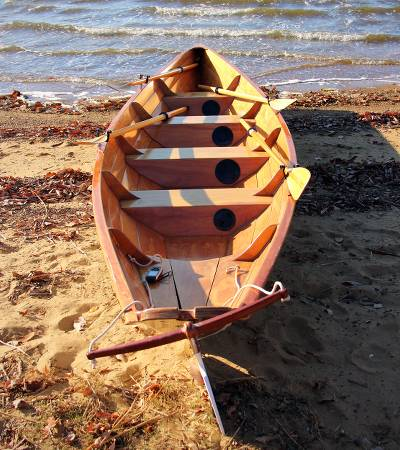 Team Dory multi-oared rowing boat