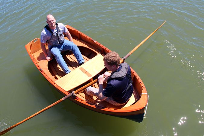 Tenderly is a DIY clinker stem dinghy for rowing, sailing or motoring