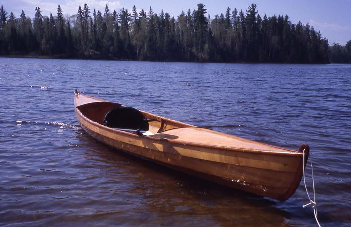 Build an expedition canoe from plans