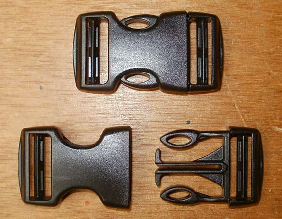 Side-release buckle for webbing