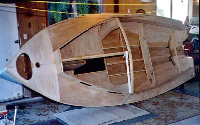 Building 13 foot Houdini sailing boat from plans