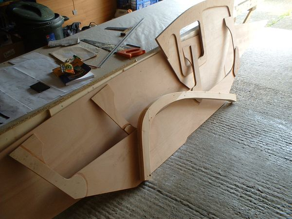 Building bulkheads of 13 foot Welsford Houdini sailing dinghy from plans