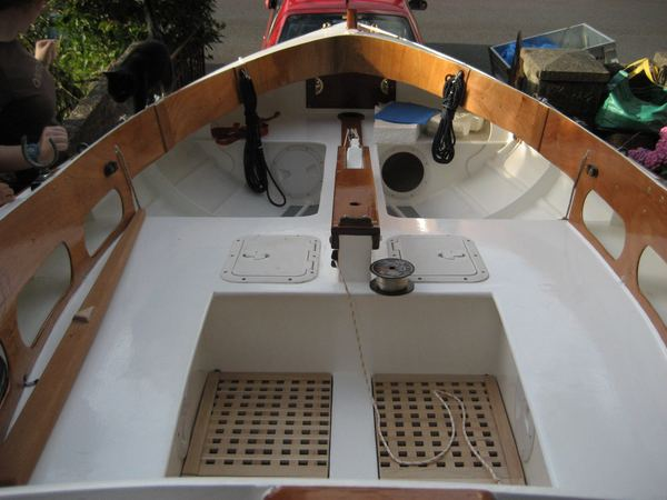 Fyne Boat kits supply a kit for the Navigator sailing dinghy