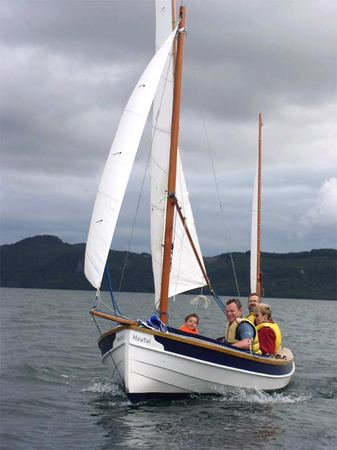 Fyne Boat Kits supply a kit for the 15 foot Navigator sailing boat