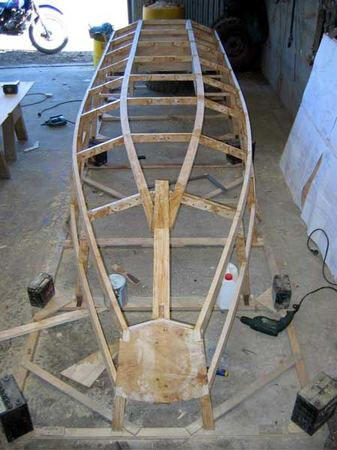 Build a fast motor boat from plans of Trover by Welsford from Fyne Boat Kits