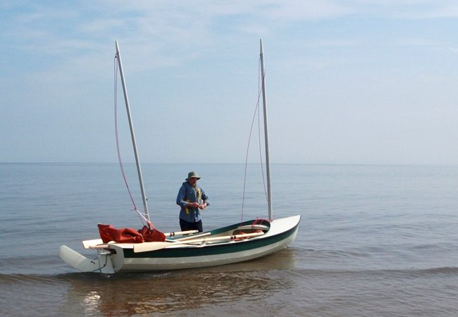 Walkabout cruising sailing dinghy