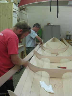 Attaching the final panel or strake on a tandem wherry kit